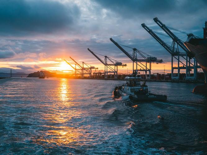尽管遭受疫情,新加坡港口仍表现强劲